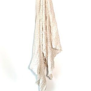 Aritzia Wilfrid OS Trend Blanket Scarf - Cream